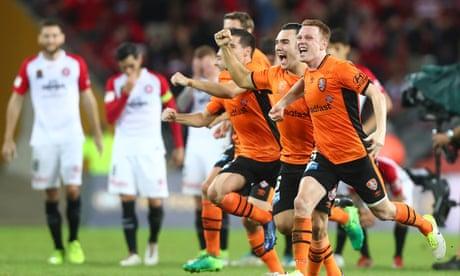 Brisbane Roar knock Wanderers out of A-League finals on penalties