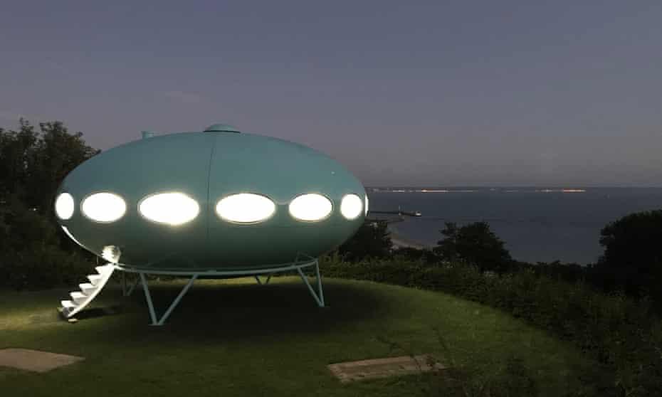 The Futuro house by Matti Suuronen … restored by Craig Barnes, on show in Le Havre.