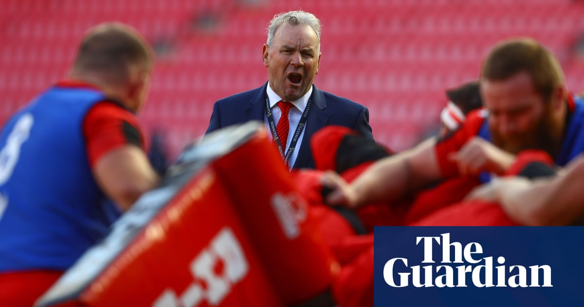 Wayne Pivac needs to leave his own stamp on struggling Wales | Paul Rees