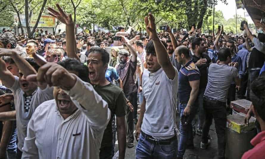 Protesters in the old grand bazaar in Tehran on 25 June.