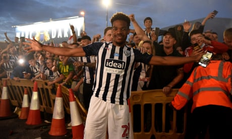 West Brom bid to buy Grady Diangana from West Ham for fee rising to £18m
