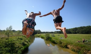 People jumping into the River Medway