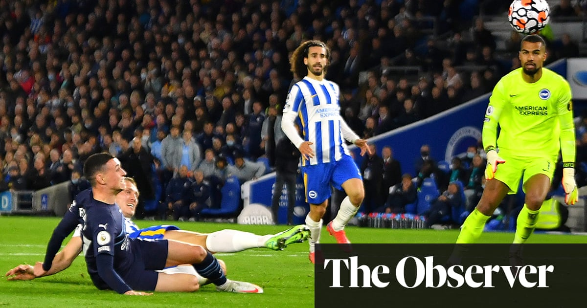 Phil Foden fires double as Manchester City sweep Brighton aside