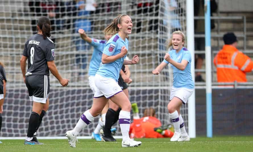 Keira Walsh celebrates Manchester City's opener.