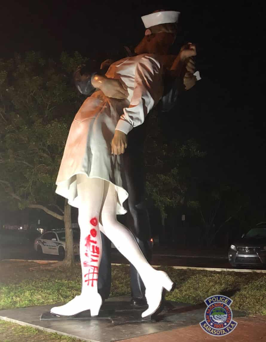 Vandalism to Unconditional Surrender statue, with '#MeToo' painted on the leg.