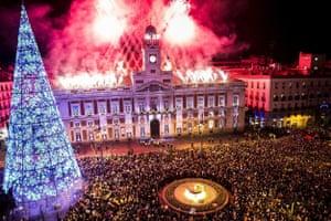 Celebrations at Madrid's Puerta del Sol clock