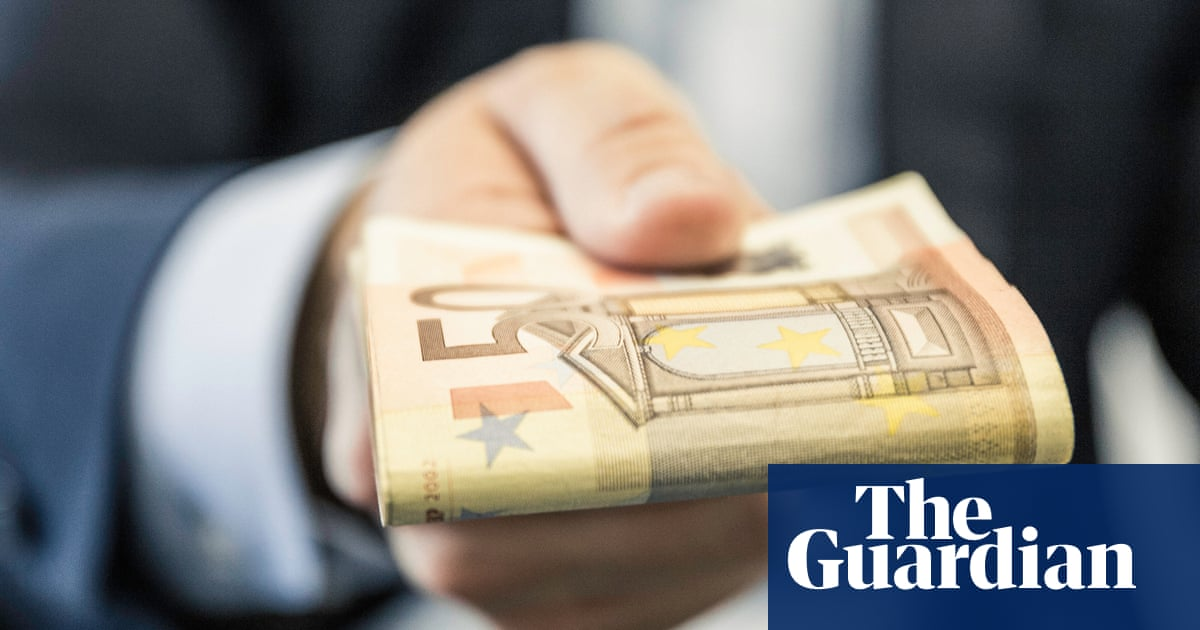 Readers reply: how much poorer would the rich need to be to provide a basic minimum income for everyone?