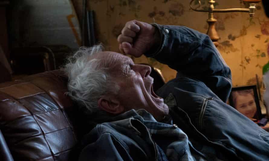 Lance Henriksen in Viggo Mortensen's Falling.