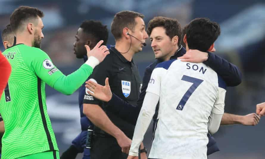 Ryan Mason enjoys Tottenham's victory over Southampton in his first match as interim manager with Son Heung-min and Hugo Lloris.