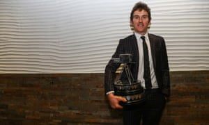 Geraint Thomas with the award.