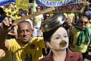 Demonstrators protest against Brazilian President Dilma Rousseff and the ruling Workers Party (PT), at Liberty Square in Belo Horizonte