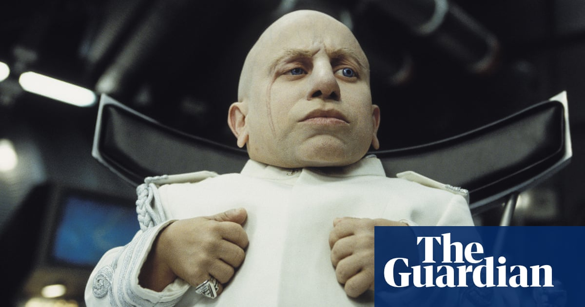 b5af97f43bf7 Verne Troyer obituary. Actor best known for playing Mini-Me in the Austin  Powers films