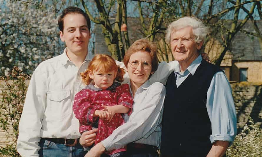 Dick King-Smith (right), pictured with grandson Tom Fisher, daughter Liz Rose and great-granddaughter Josie Rogers in 1998.