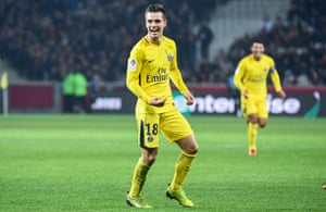 Giovani Lo Celso celebrates after scoring for PSG against Lille.