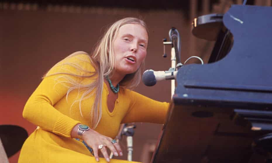 Joni Mitchell at the Isle of Wight festival in 1970, the year before Blue was released