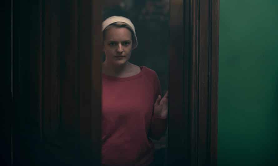 A risky mission ... June/Offred (Elisabeth Moss) in the Handmaid's Tale.