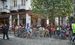 Café society: L'Ultime Atome, a favourite haunt.