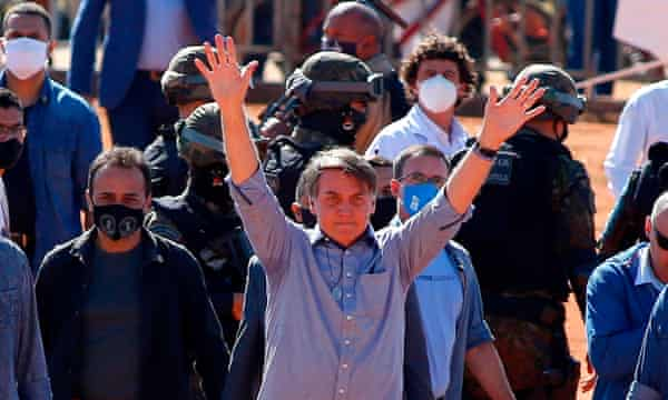 Brazil condemned to historic tragedy by Bolsonaro's virus response – top doctor | Brazil | The Guardian