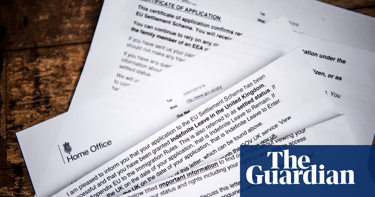 130,000 EU citizens on UK benefits yet to apply for settled status, leak suggests