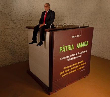 Pátria Amada by Vinicius Leôncio.