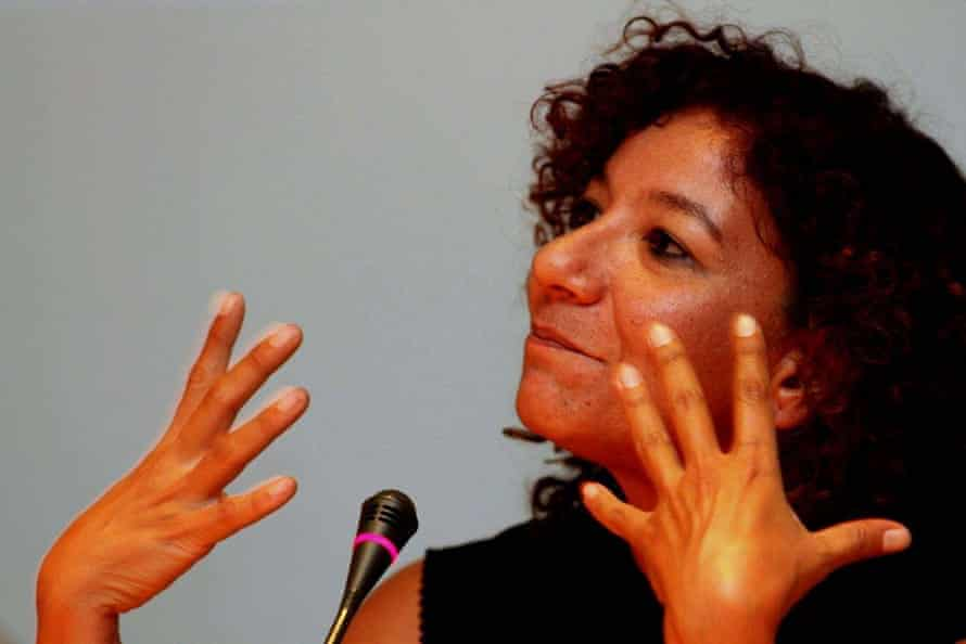 Egyptian presidential candidate Mona Prince has been criticised for posting videos of herself dancing on Facebook.