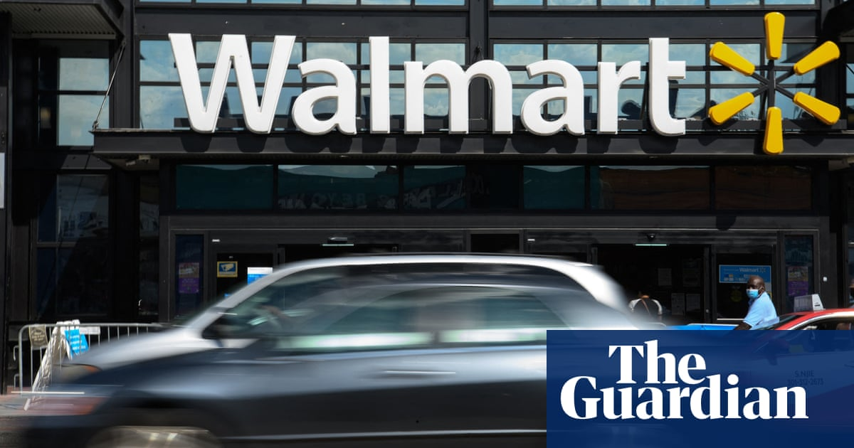Walmart workers 'feared for their lives' due to Covid, executives told