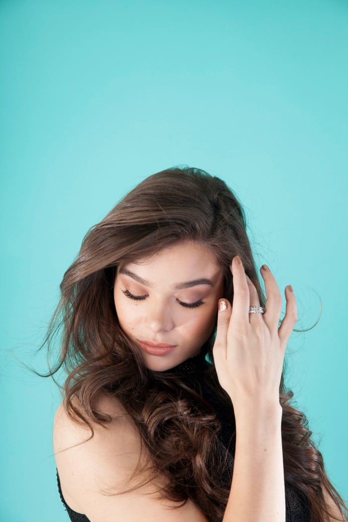 dd9ea8ae786b Hailee Steinfeld   There s this rule that to be special you have to be  different to other women