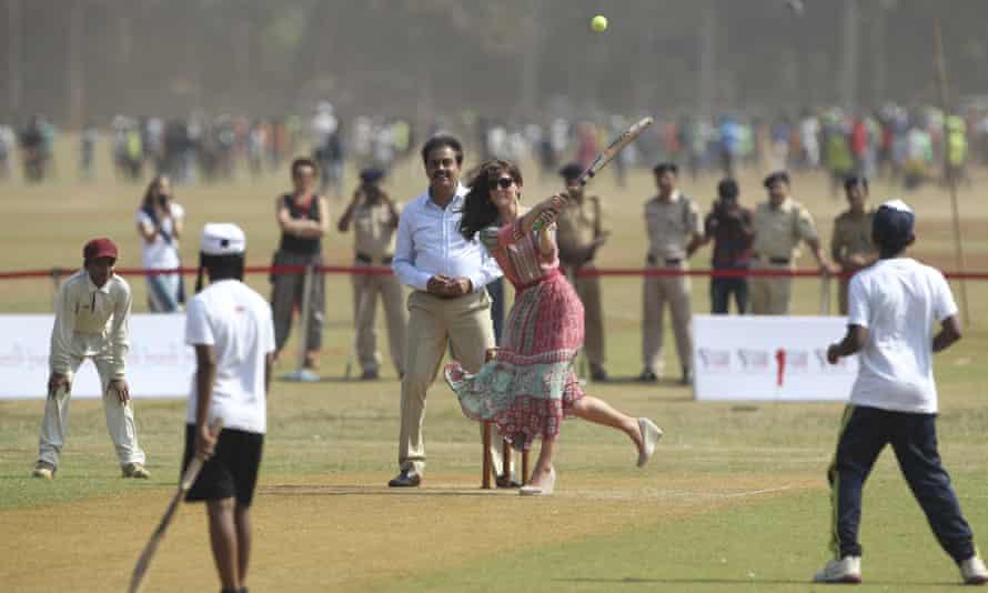 The Duchess of Cambridge, plays cricket at Oval Maidan in Mumbai.