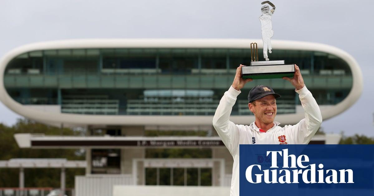 County cricket talking points: Essex deny Somerset in splendid final