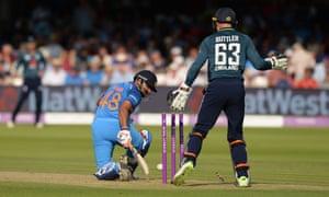 Suresh Raina of India is bowled.
