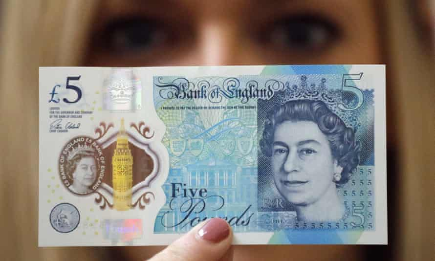 The new five pound note is said to be stronger, cleaner and safer, but vegans and vegetarians are calling for it to be replaced.