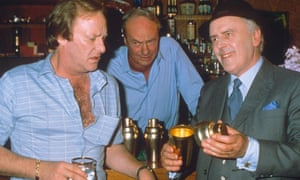 Glynn Edwards, centre, with Dennis Waterman, left, and George Cole in Minder, 1988.