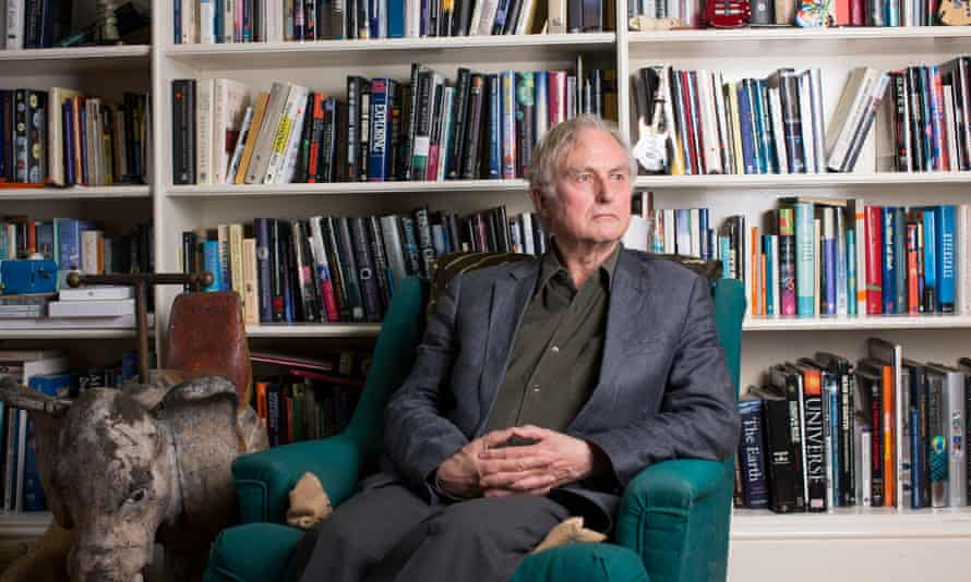 Richard Dawkins appears to have linked a grisly video of a Islamic State child soldier beheading a man and the case of 'clock boy', Ahmed Mohamed.
