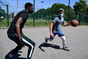 People play basketball in Paris.
