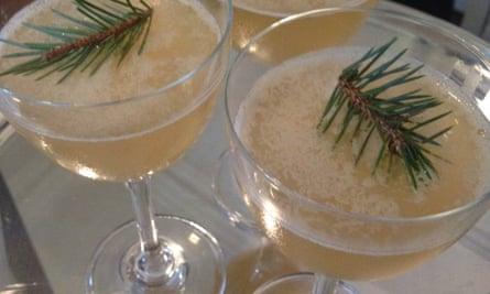 Clove Club cocktail