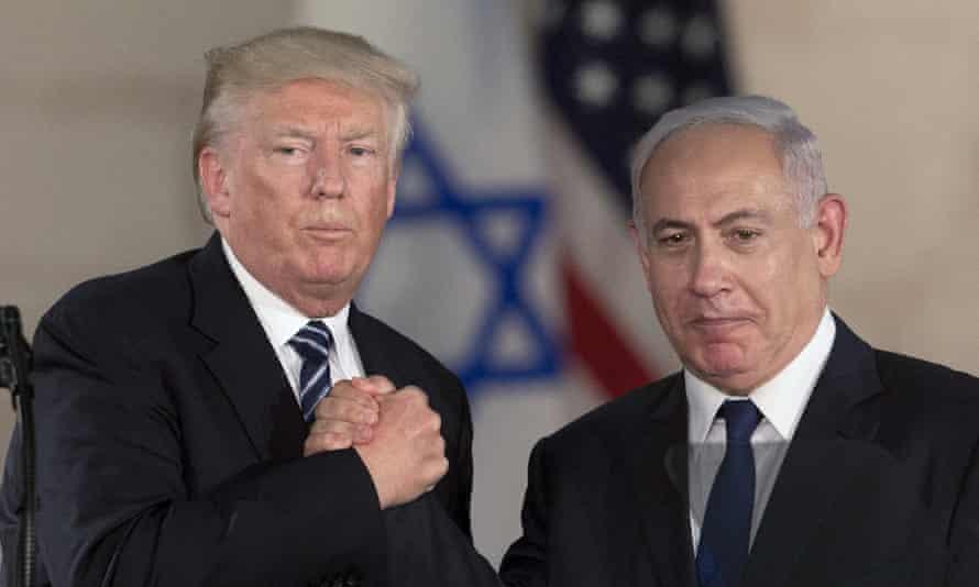 Donald Trump and Benjamin Netanyahu shake hands at the Israel museum in Jerusalem on 23 May 2017