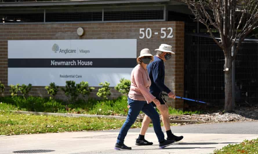 """新州和维州被批评在重新开放计划中""""明显遗漏""""了养老院的自由"""