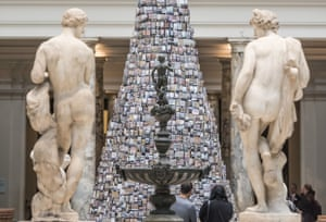 Recent installation Tower of Babel by Barnaby Barford at the V&A.