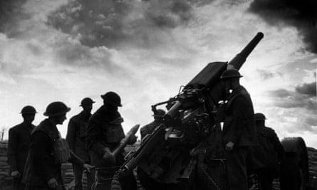 1940: An anti-aircraft gun crew at the ready