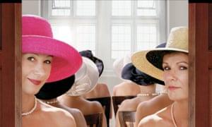 Mirren (left) and Julie Walters in Calendar Girls.