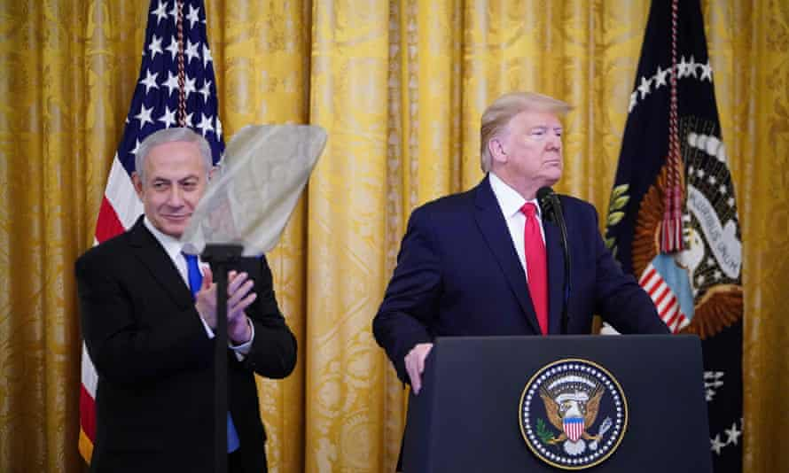 Benjamin Netanyahu and Donald Trump at the announcement of Trump's Middle East peace plan at the White House, 28 January 2020.