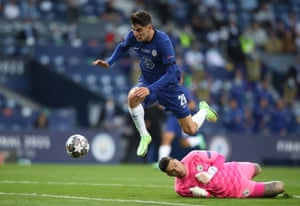 With three minutes to go before half-time, Chelsea's record signing Kai Havertz latches onto an exquisite throughball from Mason Mount and rounds Ederson.