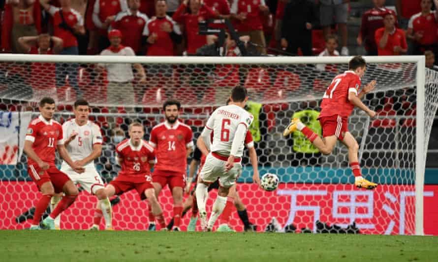 Andreas Christensen fires in Denmark's third goal.