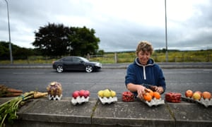 Where do i stand on ireland thats a difficult question michael a fruit and vegetable seller on the northern ireland border between lifford and strabane solutioingenieria Images