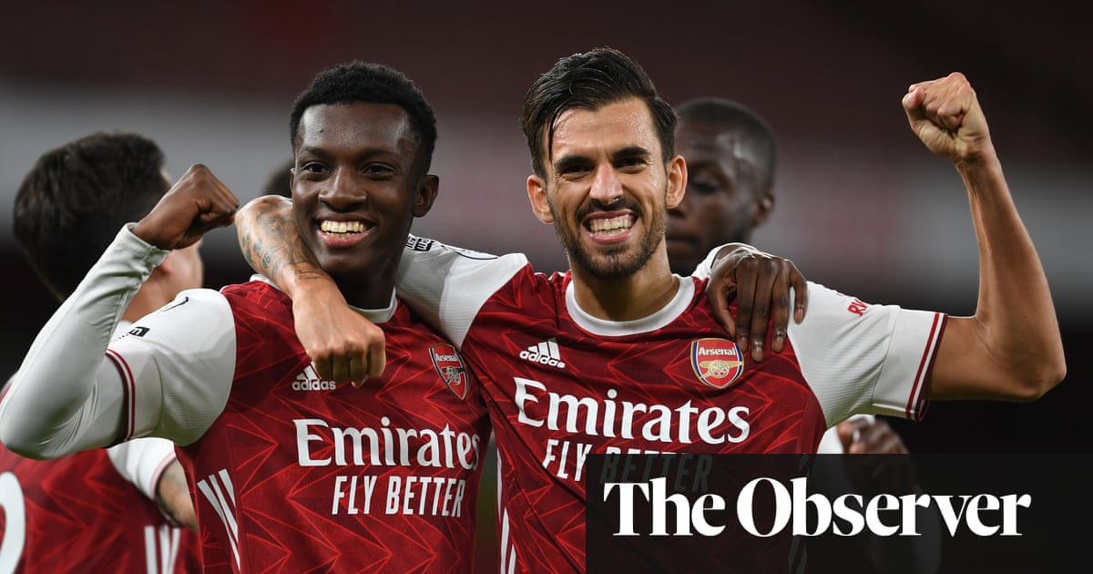Eddie Nketiah strikes late to give Arsenal victory over West Ham