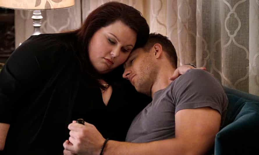 Chrissy Metz and Justin Hartley in This Is Us.