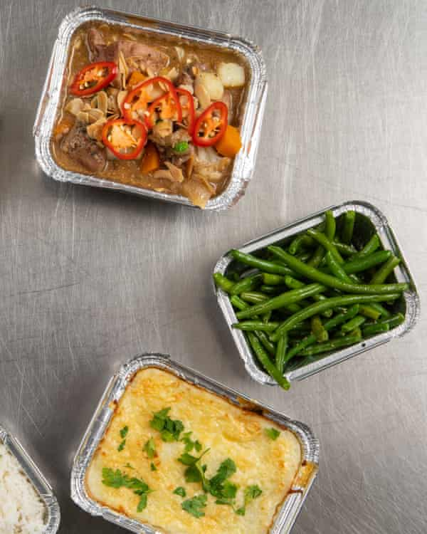 Medleys' cheesy cottage pie, green beans and chicken curry