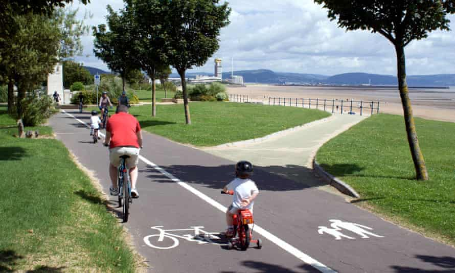 cyclists on swansea bay cycle path