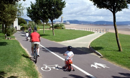cyclists on swansea bay cycle path