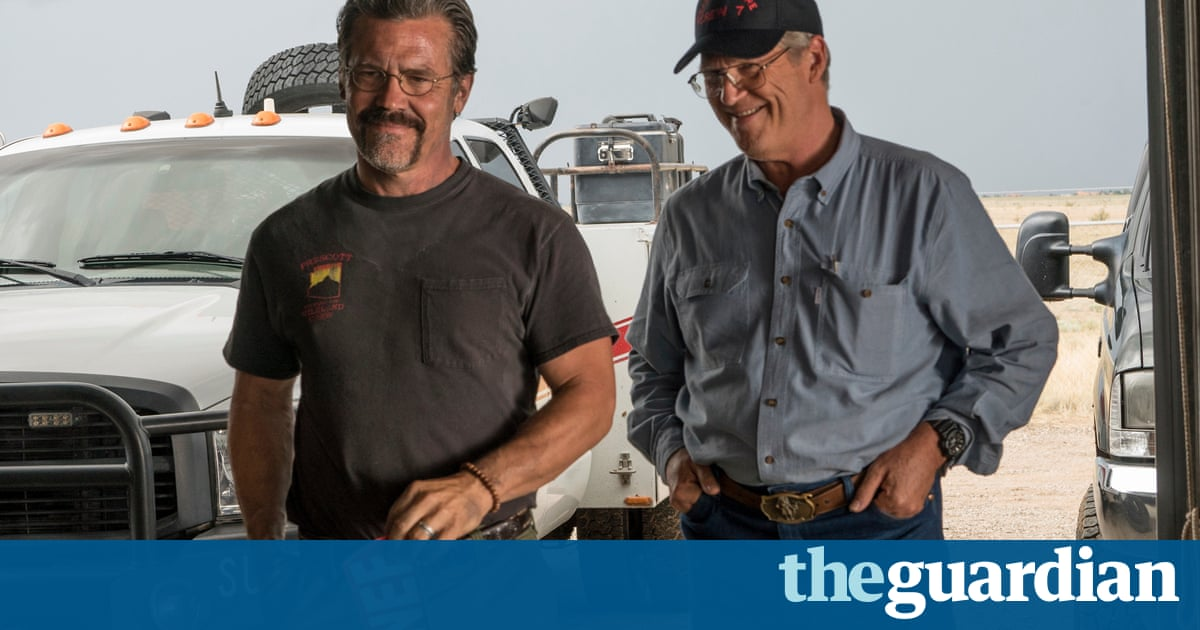 Only the Brave review – Jeff Bridges firefighter drama only just heats up